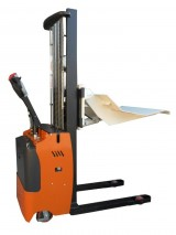 Electric pedestrian Stacker with reels cradle