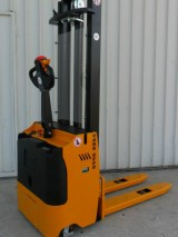 Electric Stacker CL 12